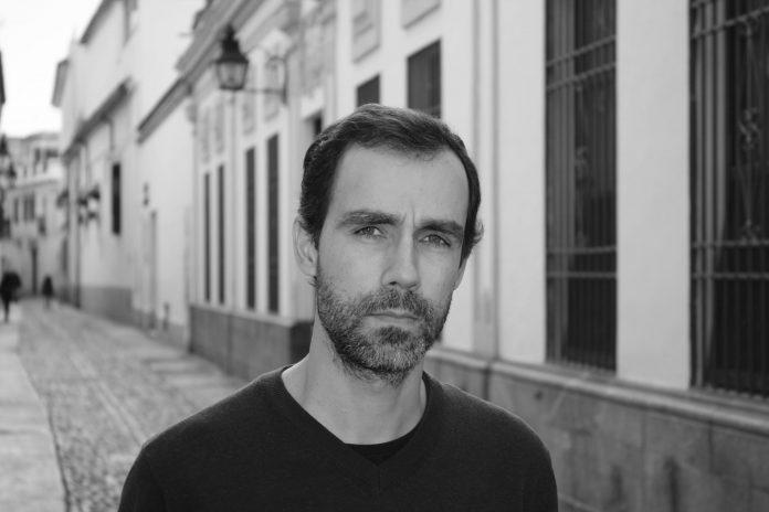 ALBERTO DE LA ROCHA ESCRITOR