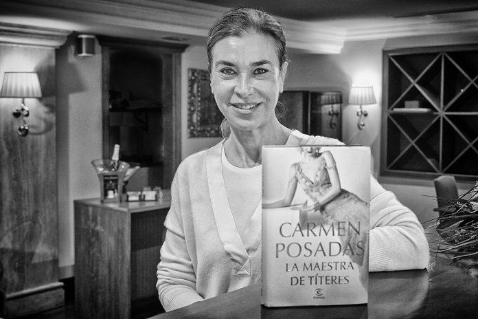 Carmen Posadas La maestra de títeres